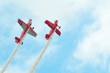 Oracle Stunt Plane & Trainer